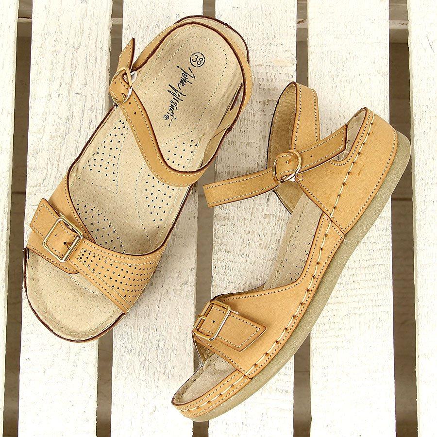 Beżowe sandały komfortowe z klamrą Wishot