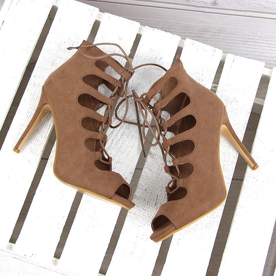 Beżowe botki szpilki sznurowane gladiatorki eVento